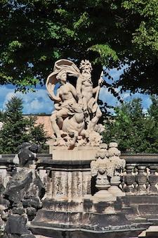 Die statue im zwinger in dresden, deutschland sachsen