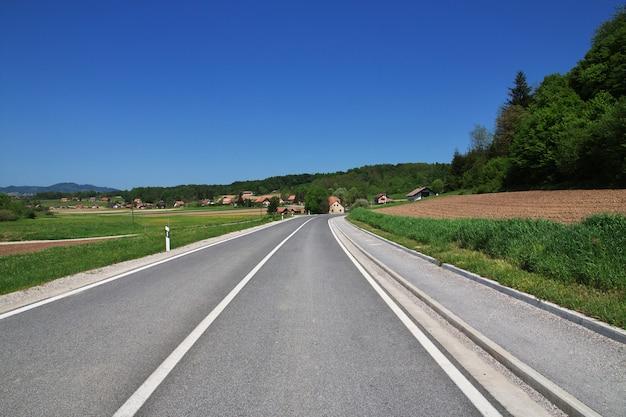 Die straße in zagorje, kroatien