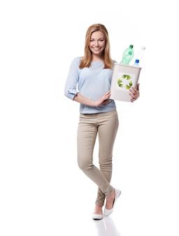 Die trennung von plastikflaschen ist wichtig für die umwelt