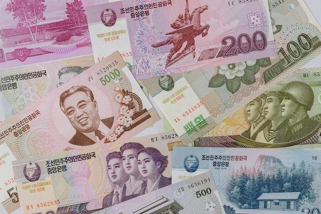Die zusammensetzung in den verschiedenen banknoten geld gewann währung nordkorea