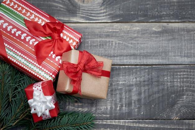 Dies ist die zeit, um die weihnachtsgeschenke zu teilen