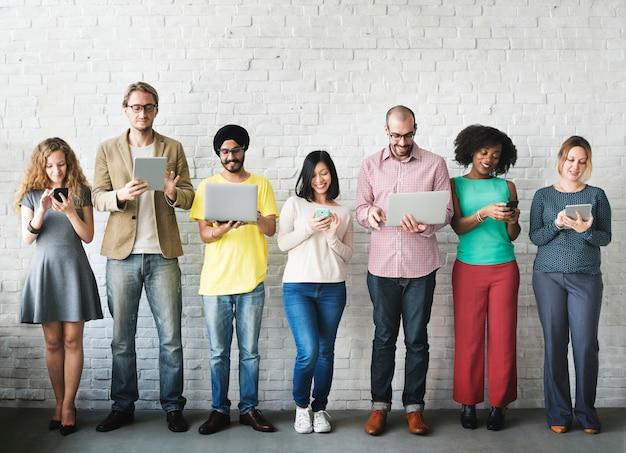 Digital-verbindungs-technologie-vernetzung team concept