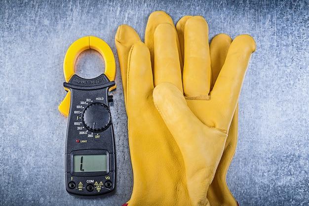 Digitale amperemeter-schutzhandschuhe