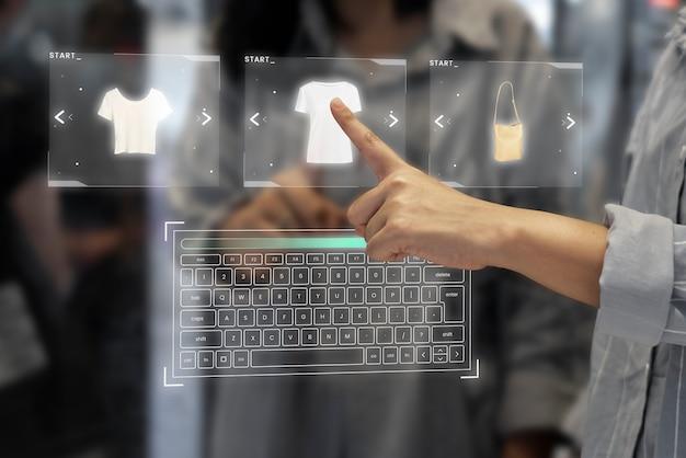 Digitale garderobe auf einem transparenten bildschirm