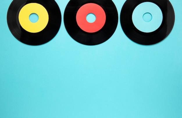 Disc zeichnet rahmen mit kopierraum auf