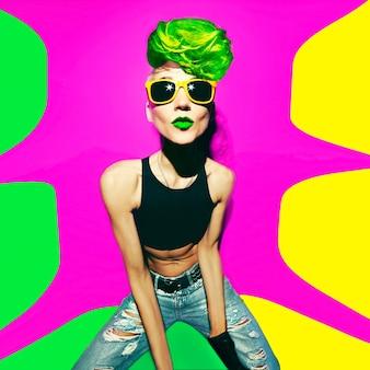 Disco-punk-mode-stil club-party-girl