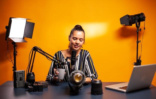 Diskussion über dauerlicht beim aufnehmen von videoblog