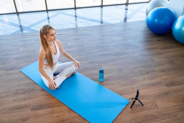 Distanz-fitness-trainingskonzept
