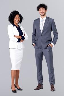 Diverse geschäftsleute ganzkörperportrait für job- und karrierekampagne