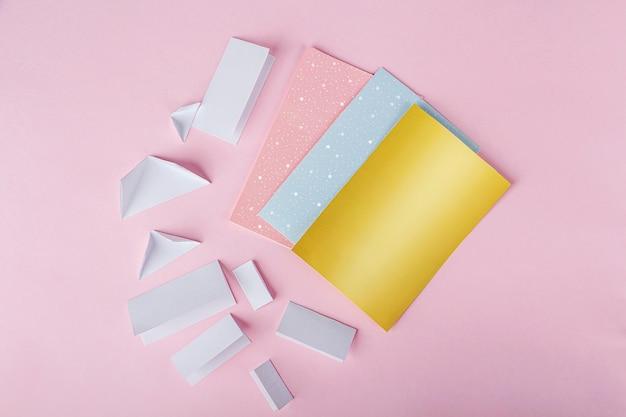 Diy werkzeuge auf rosa oberfläche