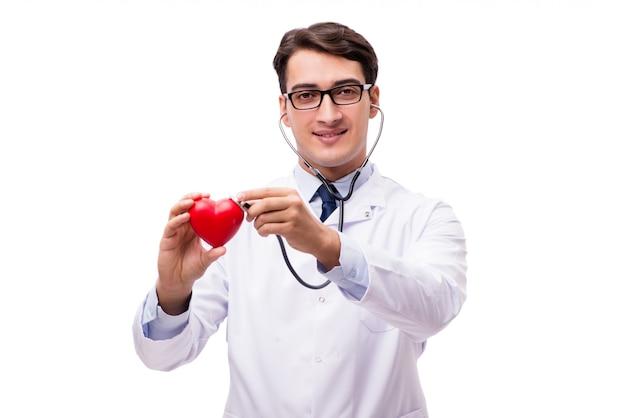 Doktor mit dem herzen lokalisiert auf weiß