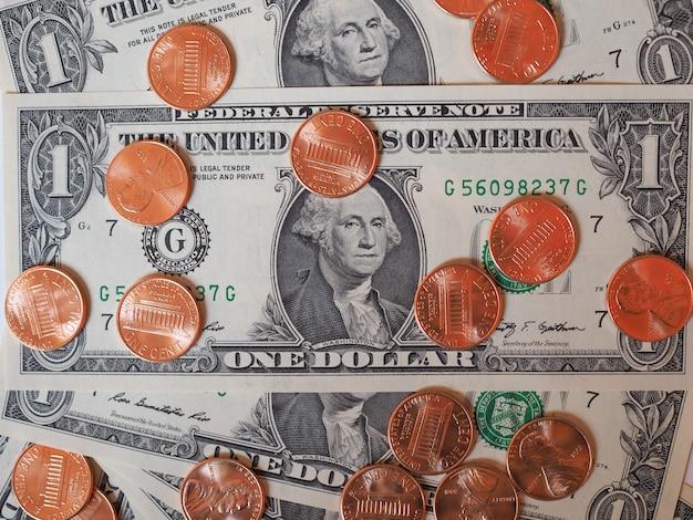 Dollarmünzen und -noten