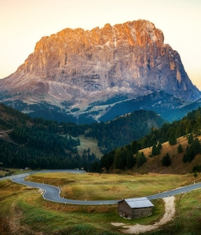 Dolomiten italien landschaft - sassolungo langkofel