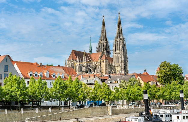 Dom st. peter, der dom von regensburg in bayern, deutschland