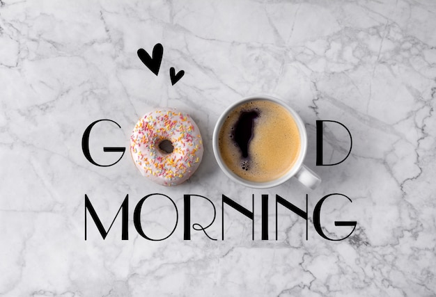 Donut, tasse kaffee und herzen. guten morgen gruß geschrieben am marmor grau