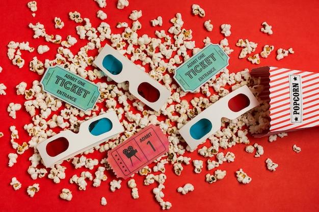 Draufsicht 3d brille und popcorn
