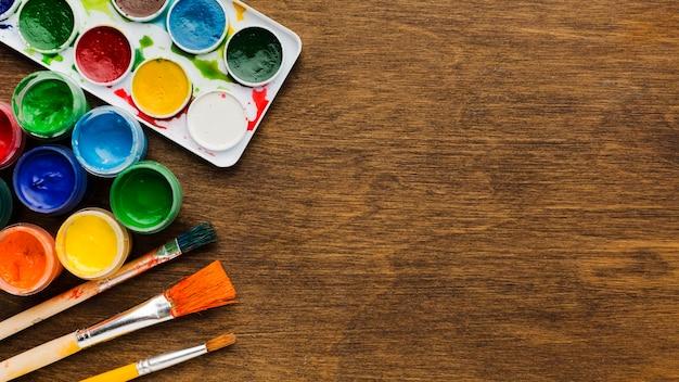 Draufsicht aquarellacrylfarbe kopienraum