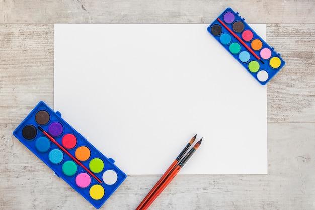 Draufsicht aquarellfarbe kopie leerzeichen leere seite