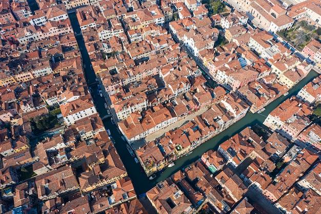 Draufsicht auf die alten venezianischen dächer, venedig, italien,