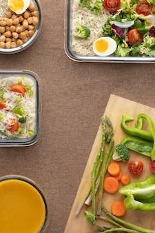 Draufsicht auf ernährung und essensplanung