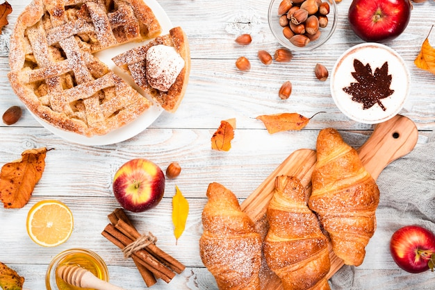 Draufsicht auf herrliches frühstück