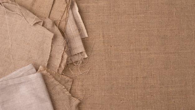 Draufsicht auf monochromatische textilien