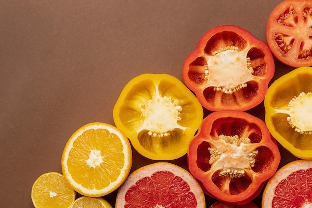 Draufsicht auf paprika mit kopierraum