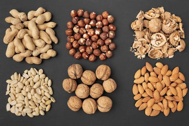 Draufsicht auf sammlung verschiedener nüsse