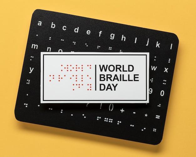 Draufsicht braille alphabet tafel