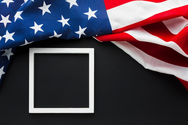 Draufsicht der amerikanischen flagge mit rahmen