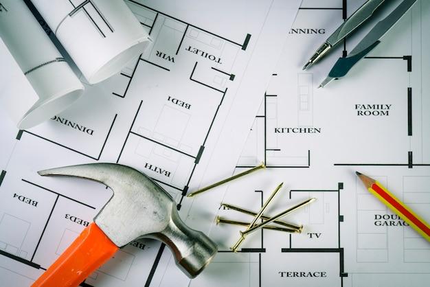 Draufsicht der architektenzeichnung auf nicht identifiziertem architekturprojekt