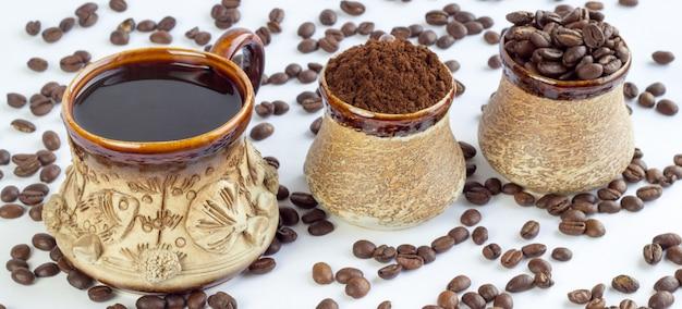 Draufsicht der kaffeetasse-zusammenstellung