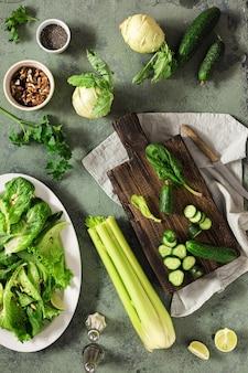 Draufsicht des gesunden veganen nahrungsmittelkonzepts