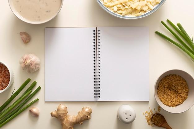 Draufsicht des köstlichen nahrungsmittelkonzepts mit kopienraum