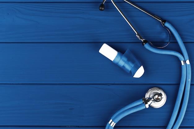 Draufsicht des medizinischen stethoskops