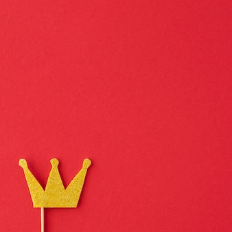 Draufsicht des schönen kronenkonzepts mit kopierraum