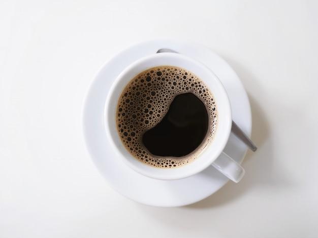 Draufsicht des weißen tasse kaffees