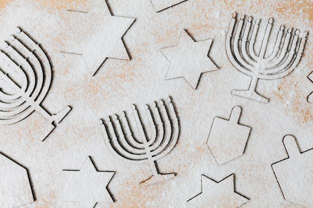 Draufsicht, die jüdische bonbons backt
