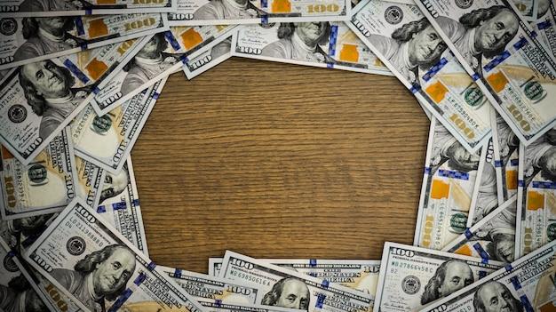 Draufsicht dollar bargeld mit kopierraum