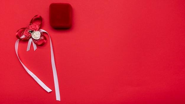 Draufsicht elegante verlobungsringe mit kopierraum