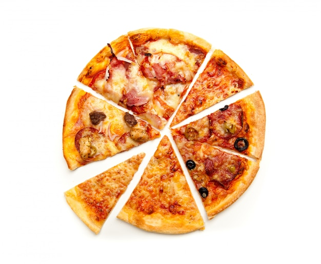 Draufsicht geschnittene pizza