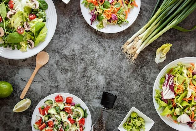 Draufsicht gesunder salatrahmen