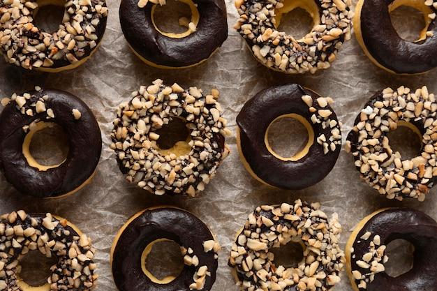 Draufsicht glasierte donuts