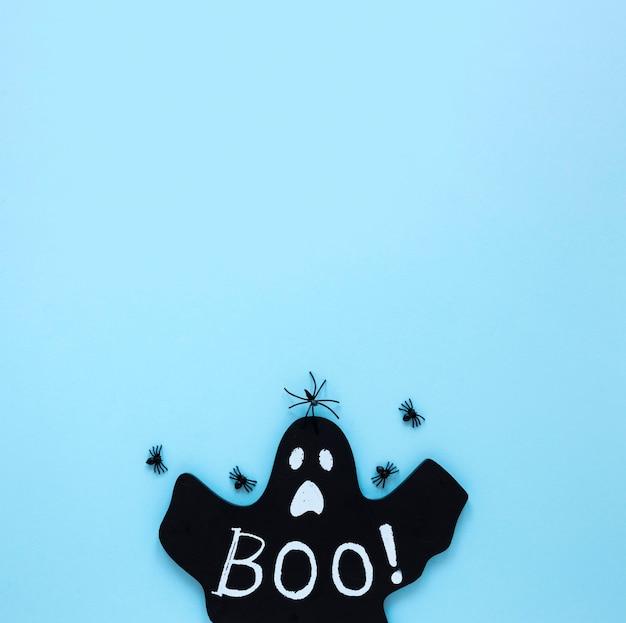 Draufsicht gruseliges halloween mit kopierraum