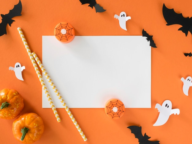 Draufsicht halloween kürbisse und fledermäuse
