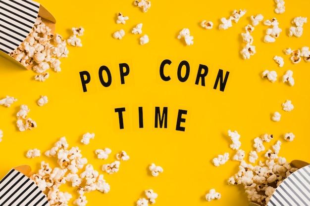 Draufsicht köstliche popcornboxen