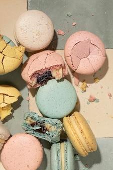 Draufsicht köstliches macarons-arrangement