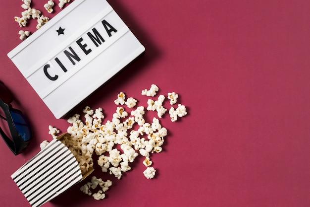 Draufsicht leuchtkasten mit popcorn