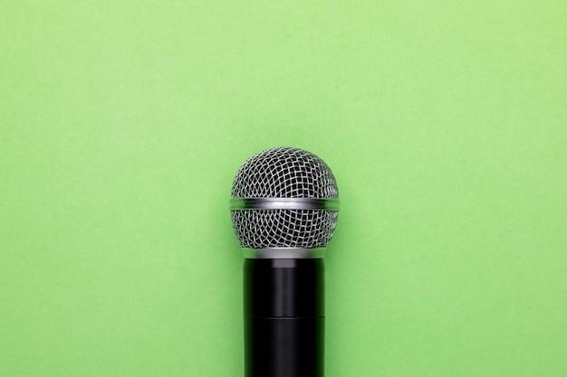 Draufsicht neues schwarzes drahtloses mikrofon.