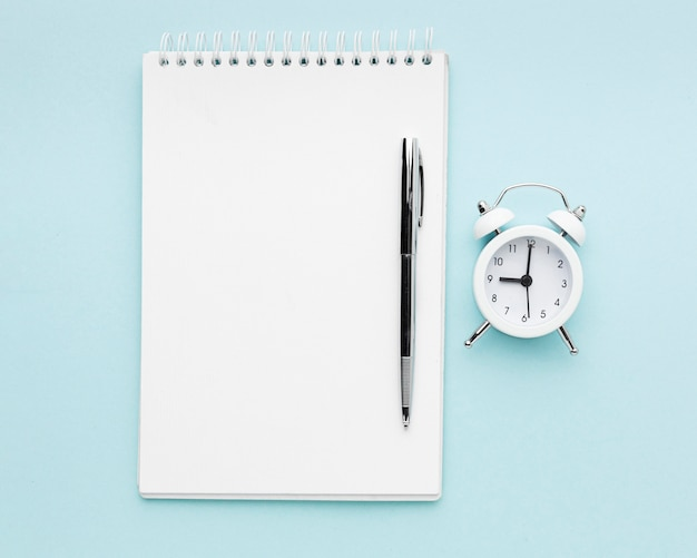 Draufsicht notebook und stiftanordnung